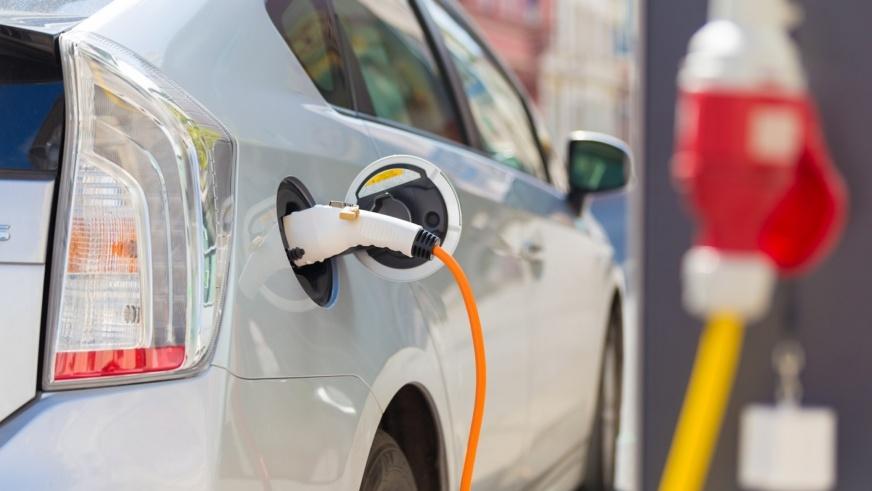 auto elettrica vantaggi